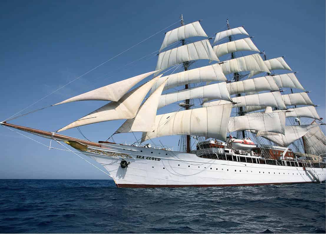 a2d90ea54 Berlitz Cruising & Cruise Ships 2017 (Berlitz Cruise Guide)