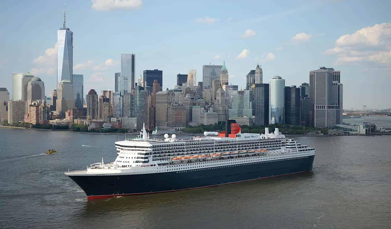 AIDA Cruises AIDAmar Large Fridge Magnet Cruise Southampton//Solent arrival